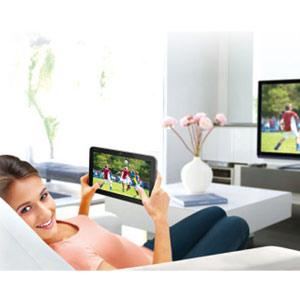En el salón: tanto monta, monta tanto, el televisor como la tableta