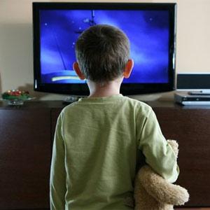 Los más pequeños de la casa le dan plantón a la televisión