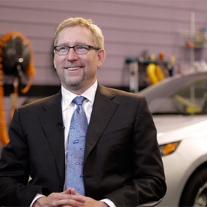 General Motors se queda sin J. Ewanick como director mundial de marketing tras los recortes de la empresa a las agencias