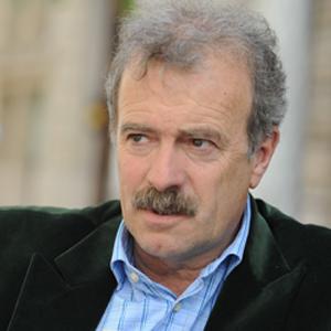 Manuel Campo Vidal asegura en El Escorial que la caída de la publicidad anuncia tiempos difíciles para los medios