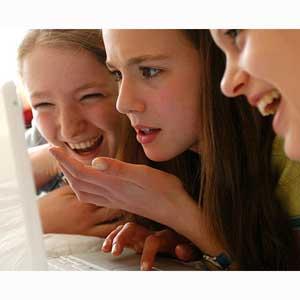 Los jóvenes se informan cada vez más a través de los medios sociales en lugar de recurrir a Google