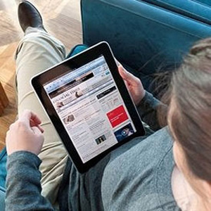 Los lectores de prensa digital prefieren las tabletas de Apple a los PC por la mejor experiencia de lectura
