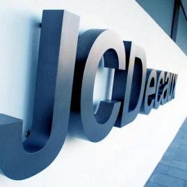 Los ingresos mundiales de JCDecaux caen un 2,3%