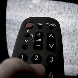 La confianza de los espectadores en los informativos de TV toca un mínimo histórico pasando del 46% al 21%