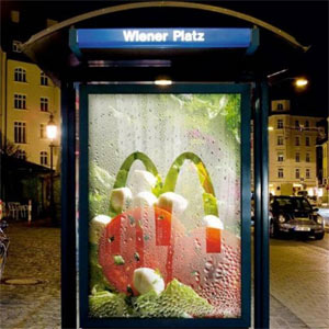 100 anuncios en los que la publicidad no deja escapar el bus de la innovación
