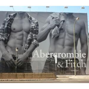 Abercrombie anuncia caídas en sus ingresos y planea recortes en la inversión internacional