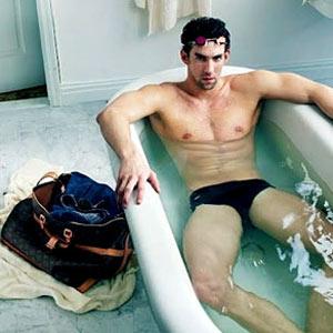 Michael Phelps cambia la piscina por la bañera en un nuevo anuncio de Louis Vuitton