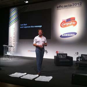 """B. van der Vliet (U. S. of Fans) en #Eficacia2012: """"Los esfuerzos de marketing deben centrarse en las pasiones de la gente"""""""