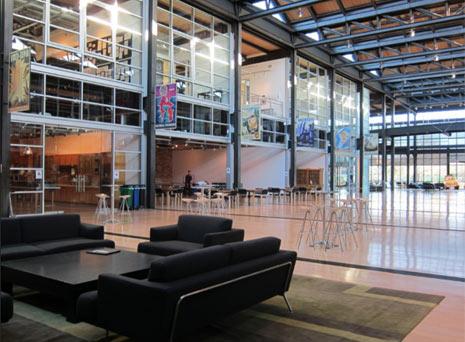 Las 15 oficinas m s chic del universo tecnol gico for Oficinas pixar