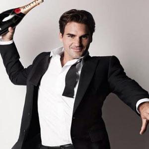 Roger Federer marca un tanto para Moët & Chandon al convertirse en su nuevo embajador