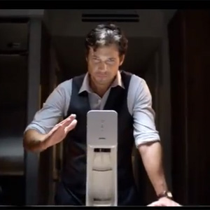 SodaStream se rebela contra la censura de su anuncio en Reino Unido y regresa a la televisión con un nuevo spot
