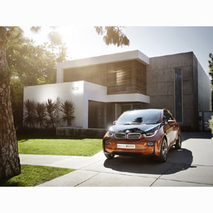 BMW muestra su modelo eléctrico i3 en un spot muy urbano