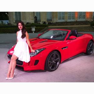 Lana del Rey estrena el videoclip del tema principal de la campaña de Jaguar para celebrar San Valentín