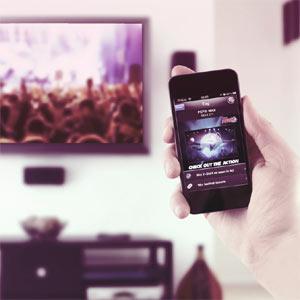 La TV y las segundas pantallas son ya pareja de hecho: más de la mitad de los espectadores las utiliza simultáneamente