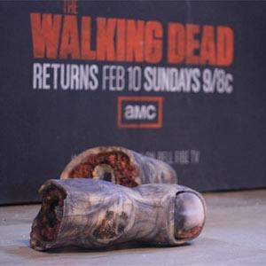 A la nueva campaña zombi de 'The Walking Dead' se le caen literalmente los dedos