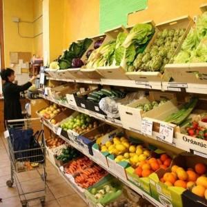 El descenso del consumo propicia una caída del 10,6% en el comercio minorista español