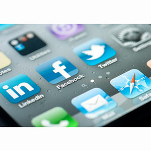 Los smartphones intensifican la actividad digital, sobre todo en redes sociales y motores de búsqueda