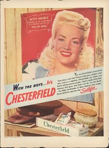 35 anuncios vintage de chicas pin-up: cuando la publicidad presumía de curvas