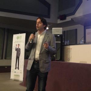 """F. Carrión (Yahoo!) en #foroaea2013: """"Entre una persona que tiene un año y una que tiene 5 años hay brecha digital"""""""