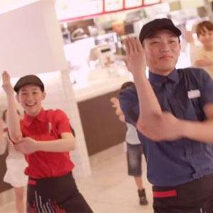 McDonald's y sus empleados se ponen