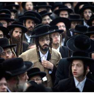 Ultraortodoxos y publicistas: en Tel Aviv se apuesta por la publicidad dirigida a los religiosos más estrictos