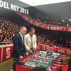 MediaCom crea para Seat, patrocinador de la Final de la Copa del Rey, una fan zone frente al Santiago Bernabéu