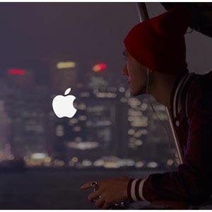 Apple explora nuevos sonidos y estilo en su último spot