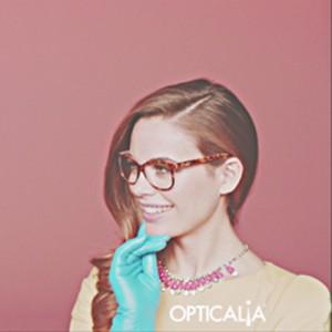 Opticalia apuesta por el color en su nueva campaña