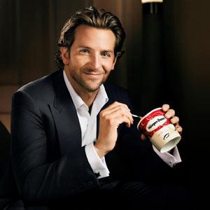 Häagen Dazs sigue el mismo concepto con Bradley Cooper que Nespresso con George Clooney