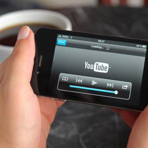 Las redes sociales y el vídeo online responsables del aumento del tiempo que se dedica a internet