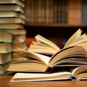 Aunque parezca mentira, los jóvenes son los que más leen libros en papel