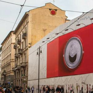 En Italia las latas de Coca-Cola