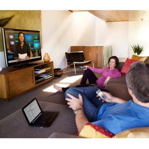 Casi la mitad de los propietarios de smartphones y tabletas ve la televisión mientras usa estos dispositivos