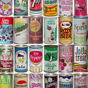 ¿Quiere refrescarse mientras viaja en el tiempo? Le proponemos seguir la evolución de 6 famosas latas de bebidas