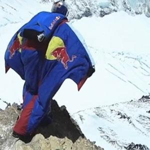 De la estratosfera al Everest: Red Bull sigue buscando la espectacularidad