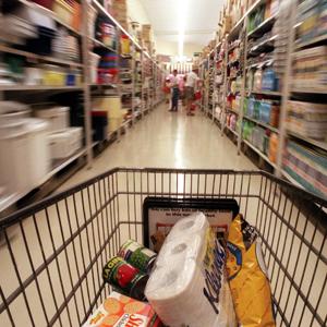 ¿Qué dicen los españoles sobre los supermercados en las redes sociales?