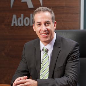 Adobe nombra a Mark Phibbs el cargo de Vicepresidente de Marketing de EMEA