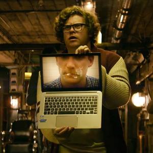 Los aliens y los humanos luchan en 'The Power Inside', el nuevo film social de Intel y Toshiba