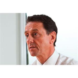 Volkswagen encuentra nuevo jefe de marketing, Simon Thomas, tras la partida de Jürgen Stackmann a Seat