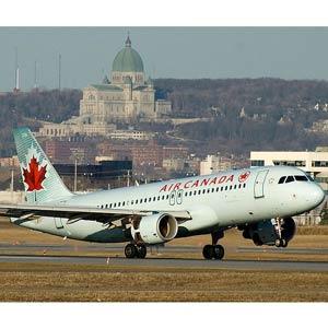Un piloto de Air Canada manda cerrar la boca a un pasajero a través de Twitter