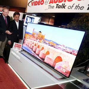 LG lanza en Estados Unidos una televisión 4K de 65 pulgadas a un precio de 7.999 dólares