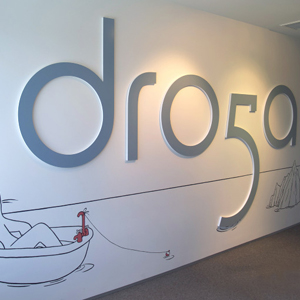 Droga ha vendido el 49% de su agencia a  Ari Emanuel, gran magnate de Hollywood