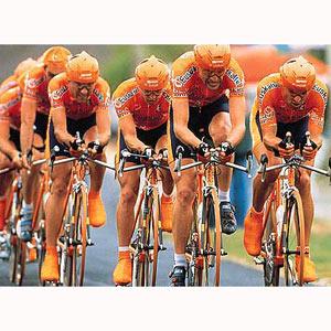 La falta de patrocinador obliga al equipo Euskaltel a abandonar el ciclismo