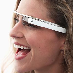 Una nueva versión en el software de Google Glass se acerca cada vez más al producto definitivo