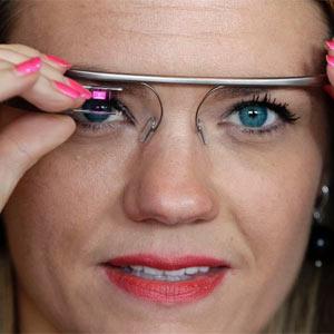 Si utilizas las Google Glass, no conduzcas: Reino Unido quiere prohibir su uso al volante
