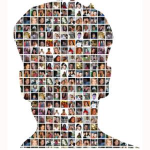 Un estudio demuestra que los que suben demasiadas fotos a Facebook tienen problemas sociales en la vida real