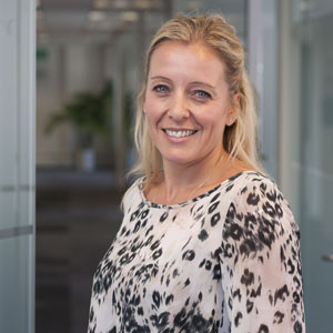 OMD ficha a Anna Campbell de Carat Global para liderar el departamento de marketing y new business para EMEA