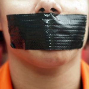 Detienen al nuevo propietario de Newsweek acusado de silenciar a sus empleados
