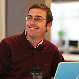 Un pajarito vuela de Twitter: el consejero general Alex Macgillivray se despide de la red social