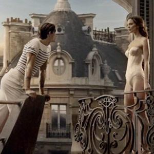 Jean Paul Gaultier se marca una romántica epopeya marinera en su nuevo spot
